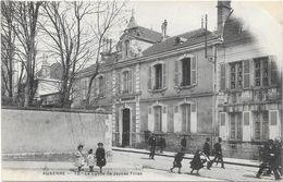 AUXERRE : LE LYCEE DE JEUNES FILLES - Auxerre