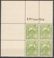 N° 262 En Bloc De 4 Coin Daté 08/1944 - X X - ( C 1281 ) - Tunisie (1888-1955)