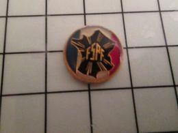316a Pin's Pins / Rare & Belle Qualité !!! THEME : ASSOCIATIONS / FSPF  Fédération Des Syndicats Pharmaceutiques De Fran - Marques