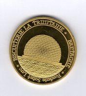 Médaille Touristique De La Fonderie Saint-Luc - Biscuiterie La Trinitaine Et Triskel Au Revers - Touristiques