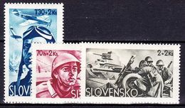 Slovaquie 1943 Mi 121-3  (Yv 87-9 ), (MNH)** - Slovaquie