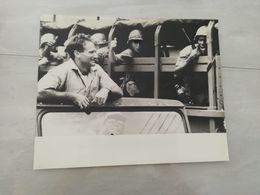 19361   PHOTO DE PRESSE 25X20CM  ROBIN WILLIAMS - Photographs