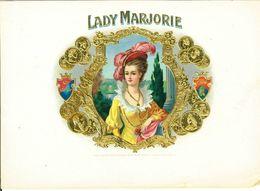 VINTAGE - ETICHETTE PER SCATOLE SIGARI - LADY MARJORIE -  QUALITA' 10/10 FTO 22X15 ORIGINALE, RILIEVO - Labels