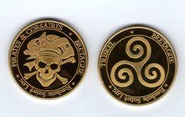 Médaille Touristique De La Fonderie Saint-Luc -35 St-MALO -Pirates Et Corsaires- Triskel Au Revers -Pas Monnaie De Paris - Tourist