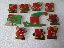 PIN'S   LOT  10  SUPER U - Pin's