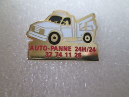 PIN'S   DEPANNAGE   AUTO PANNE - Pin's & Anstecknadeln