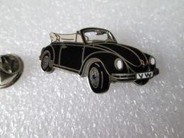 PIN'S    VOLKSWAGEN  COCCINELLE   CABRIOLET  Email Grand Feu   DEMONS ET MERVEILLES - Volkswagen