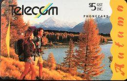 NOUVELLE-ZELANDE  -  Phonecard  - Autumn  -  $ 5 - New Zealand