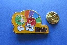 Pin's,CHOCOLAT M&m's,SAXOPHONE,limitée - Marques