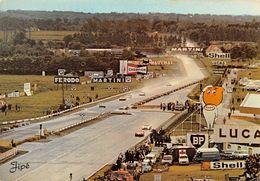Le MANS - Circuit Des 24 Heures Du Mans, Virage Ford - Renault 4L - Publicité BP, Esso, Shell, Champion, Martini, Ferodo - Le Mans