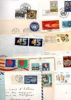 NATIONS UNIES LOT DE LETTRES, CARTES, ENTIERS ET FDC DIVERSES - POIDS 370 GRAMMES - Francobolli