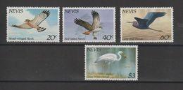 Nevis 1985 Oiseaux 267-70 4 Val ** MNH - St.Kitts Und Nevis ( 1983-...)
