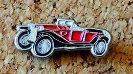 Pin's LANCIA LAMBDA 1928 Peint Cloisonné (au Verso Modèle) - Pin's