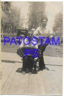 136685 ARGENTINA COSTUMES MAN'S WITH BANDONEON & GUITAR TANGO 5.5 X 8 CM PHOTO NO POSTAL POSTCARD - Fotografía