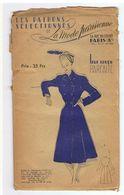 Redingote Demie Saison En Lainage Unie, Boutons Classiques   Les Patrons Sélectionnés De La Mode Parisienne Année 1930 - Patrons
