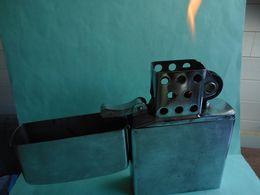 BRIQUET GEANT STYLE ZIPPO LIGHTER Feuerzeug ENCENDEDOR ACCENDINO AANSTEKER 打火机 Léttari Ljusare ライター /////////// - Unclassified
