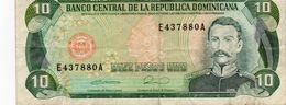 DOMINICAN REPUBLIC  10 PESOS ORO 1990 P-132  Vf - República Dominicana