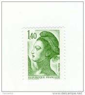 Liberté 1fr40 Vert YT 2186 Avec GOMME MATE . Rare , Voir Le Scan . Cote Maury N° 2191a : 12 € . - Varietà: 1980-89 Nuovi