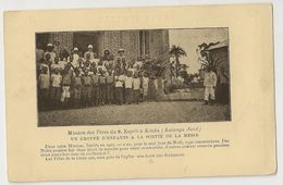 S8201 - Mission Des Pères Du S. Esprit à Kindu - Un Groupe D'enfants à La Sortie De La Messe - Congo Belge - Autres