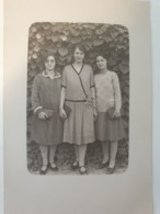 Carte Postale Ancienne Photo De Femmes 1928 - Fotografía