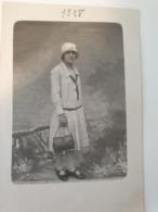 Carte Postale Ancienne Photo De Femme 1928 - Fotografía