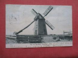 Old Windmill  1746 - Massachusetts > Nantucket >    >> Ref 4195 - Nantucket