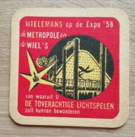 VIEUX  SOUS BOCKS BRASSERIE WIELEMANS BRUSSEL OP DE EXPO 58 DE METROPOLE EN DE WIEL'S - Sous-bocks