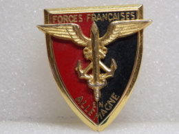 INSIGNE A DEFINIR                                  10 - Badges & Ribbons