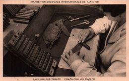 CPA - EXPO Coloniale Internationale 1937 - Pavillon Des TABACS - Confection Des Cigares ... - Tabaco