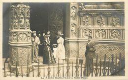 Royalty * Carte Photo * Paris 4ème * La Reine RANAVALO à Notre Dame * Ranavalona * Madagascar Queen Royauté - Arrondissement: 04