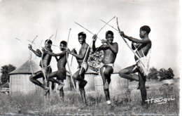 GUINEE  CONIAGUIS TIRANT A L'ARC - Guinée Française