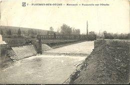 Fleurey Sur Ouche Morcueil Passerelle Sur L Ouche - France