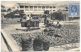 Malaysia (Malacca) – Indian Coolies Drying Coparas – Penang – With Stamp – Year Circa 1920 - Malaysia
