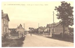466. LAROCHE MIGENNES - Entré Par La Route De Cheny - Migennes