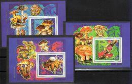 Comoro Isl.(Comores)-1992, Deluxe Mi.Bl.358-360, Mushrooms, MNH** - Pilze