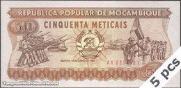 TWN - MOZAMBIQUE 129b - 50 Meticais 16.6.1986 DEALERS LOT X 5 - Prefix AK UNC - Moçambique