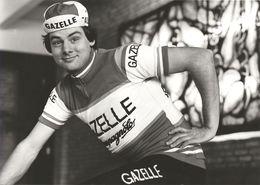 PHOTO PRESSE, COUREUR A IDENTIFIQUER, TEAM GAZELLE 1979 FORMAT 12,7 X 17,7 - Wielrennen