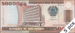 TWN - MOZAMBIQUE 138 - 50000 50.000 Meticais 16.6.1993 DEALERS LOT X 5 - Prefix EH UNC - Moçambique
