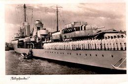 AK - CPA Navires De La Deutsche Marine & Soldats Au Garde à Vous Sur Le Pont - Kriegsmarine - Millgnhamdnu ??? - Weltkrieg 1939-45