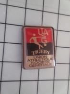 415a Pin's Pins / Rare & Belle Qualité !!! THEME : BANQUES / UASG UNION ATHLETIQUE SOCIETE GENERALE - Banques