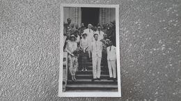 CARTE PHOTO - PHNOM PENH - CAMBODGE - VISITE LEOPOLD III ET ASTRID DE SUEDE FUTUR ROI ET REINE DE BELGIQUE - BOUDHISME - Cambodia