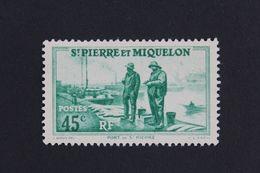 1939,ST-PIERRE-ET-MIQUELON Y&T NO 197 45C PORT DE SAINT-PIERRE VERT NEUF MH ** - Ungebraucht