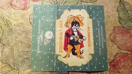 2 Items Lot - CHAT BOTTE . Puss In Boots. CAT - Old Postcard And CHOCOLATE PAPER - Contes, Fables & Légendes