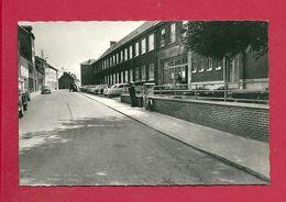 C.P. Fleurus =  Rue  De  LAMBRUSART : Ecole  Moyenne  :  Entrée - Fleurus