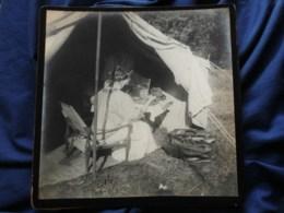 Photo Grand Cabinet Anonyme - Femme Dans Une Tente, Son Visage En Reflet Dans Un Miroir Ca 1895-1900 L514 - Anciennes (Av. 1900)