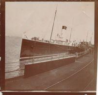 Snapshot Paquebot La North à Calais 1902 Bateau Boat Mer Sea Port Animée - Bateaux