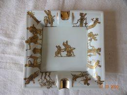 ANCIEN CENDRIER  PORCELAINE DE LIMOGES TRES FINEMENT DECORE 18 CMS - Porcelain