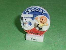 Fèves / Dessins Animés / Films / BD : Snoopy , 50 Ans , Plaque T115 - Tekenfilms