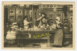 {20724} Les Lits Clos Bretons , Une Belle Famille - Folclore