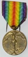 Militaria. Médaille Décoration Belge Guerre 14-18. Médaille De La Victoire. Overwinningsmedaille - Belgique